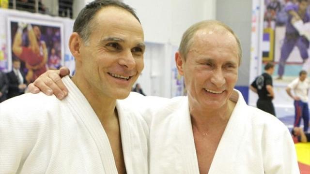 Гамба стал гражданином России