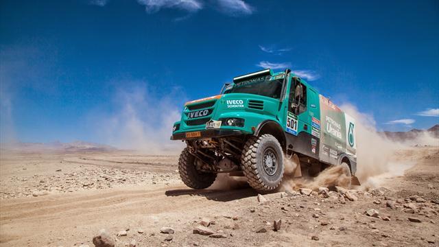 Стейси победил на шестом этапе «Дакара» в зачете грузовиков