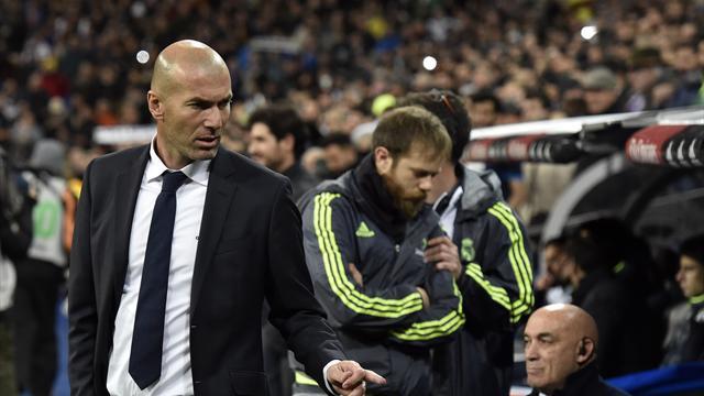 Удар головой. «Реал» забил 5 мячей в первом матче Зидана