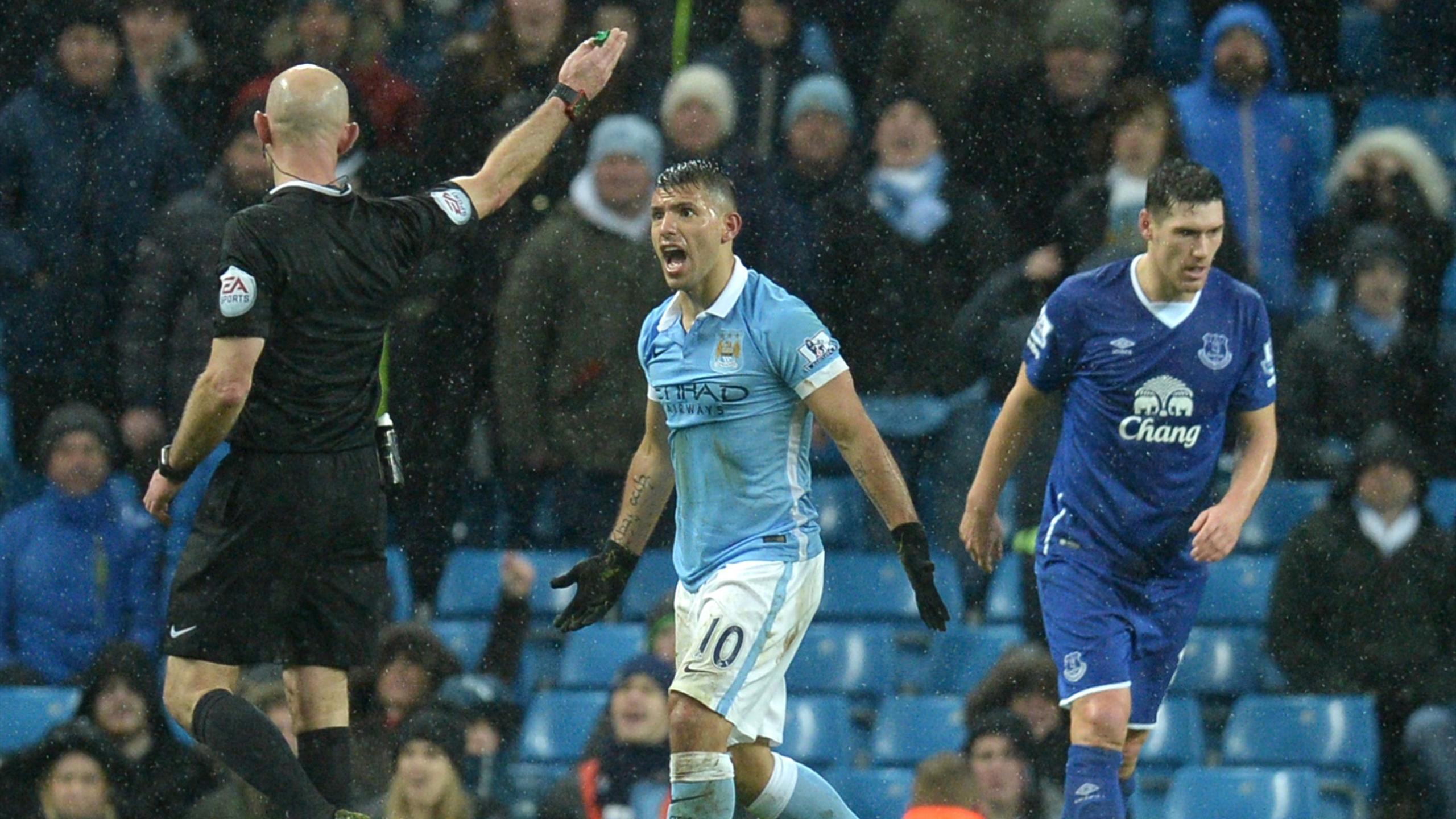 Sergio Agüero (Manchester City) contre Everton le 13/01/2016