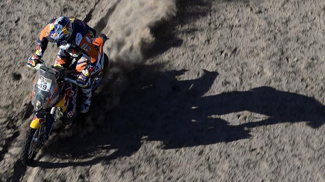 Meo grimpe sur le podium en moto, Al-Attiyah vainqueur sans conséquences en auto