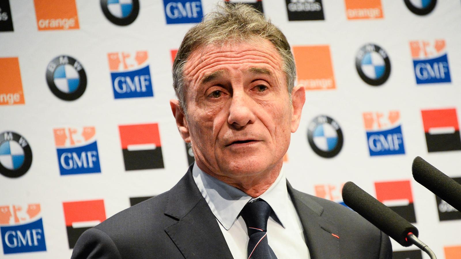 6 nations 2016 jeunesse surprises bastareaud m dard for Interieur sport guy noves