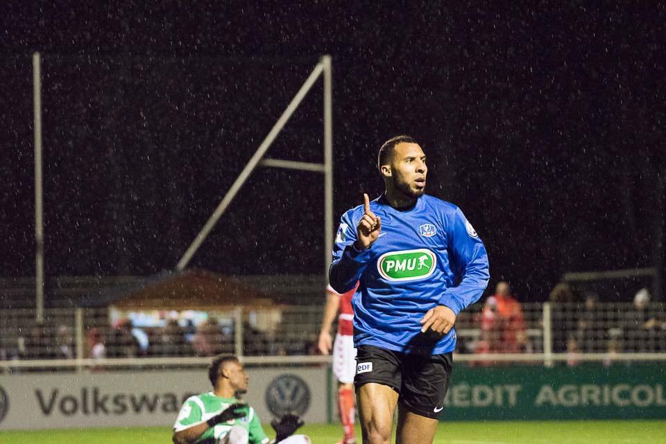 Wilfried Louisy Daniel buteur pour Chambly contre Reims en Coupe de France le 2 janvier 2016