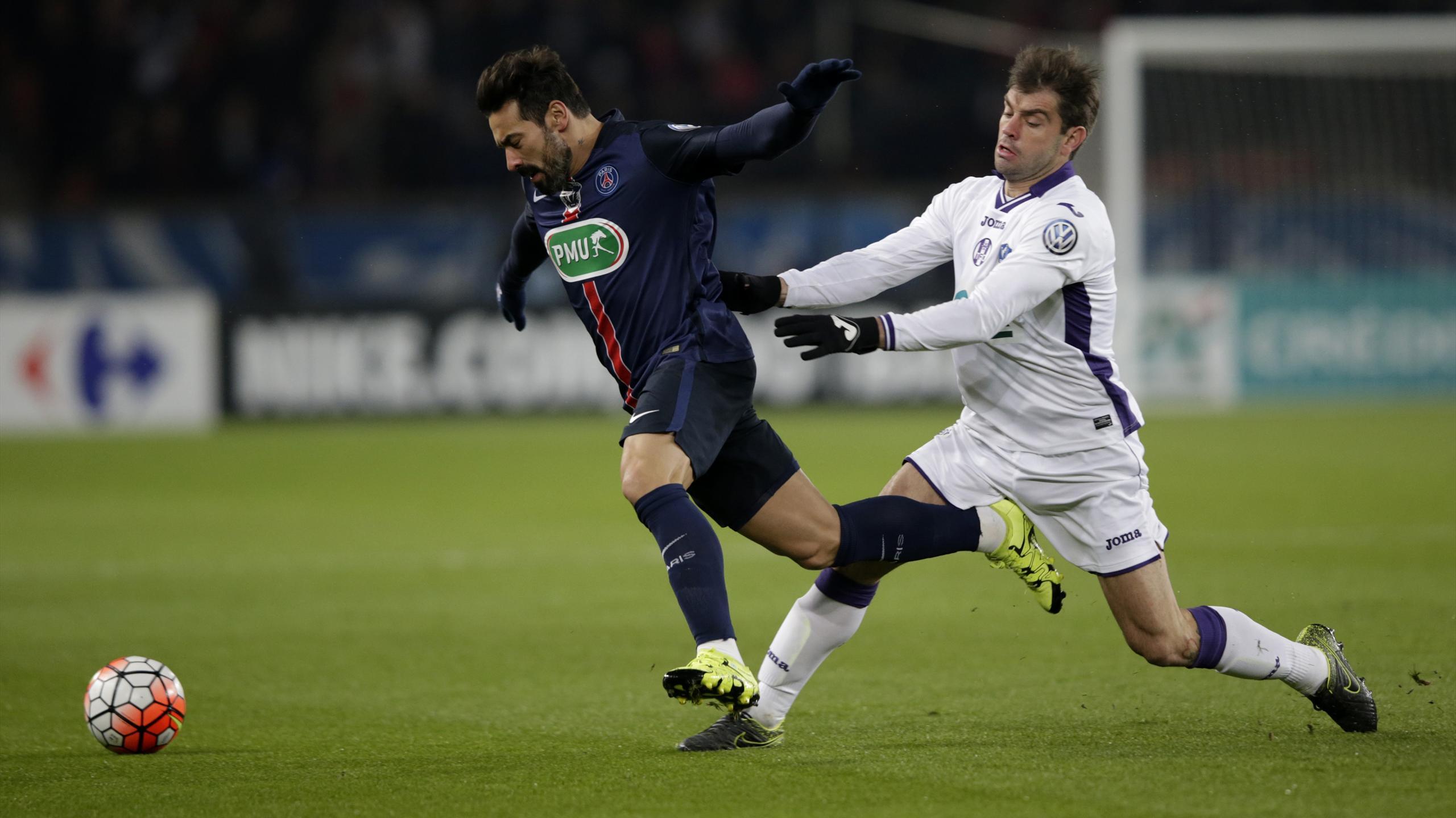 Lavezzi (PSG) face à Toulouse