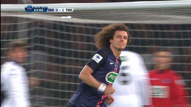 D'un coup de casque, David Luiz remet le PSG sur les rails