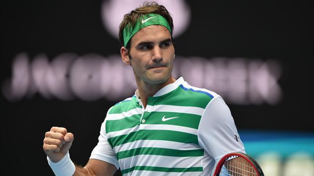 Federer sort Dolgopolov et poursuit sa balade