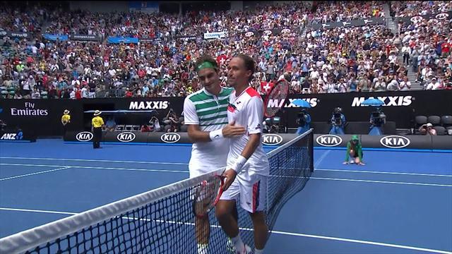 Четыре удара Роджера Федерера, повалившие Александра Долгополова на корт