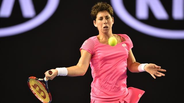Carla Suárez Navarro ends Daria Gavrilova's Melbourne dream