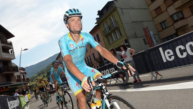 Giro d'Italia: Etappe 11 in vijf Tweets