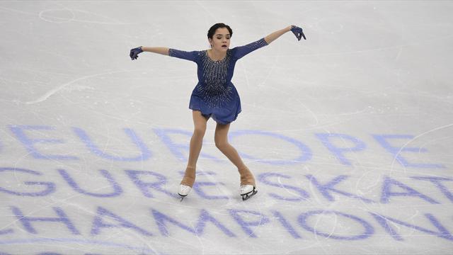 Медведева стала чемпионкой Европы, серебро и бронзу также взяли фигуристки из России