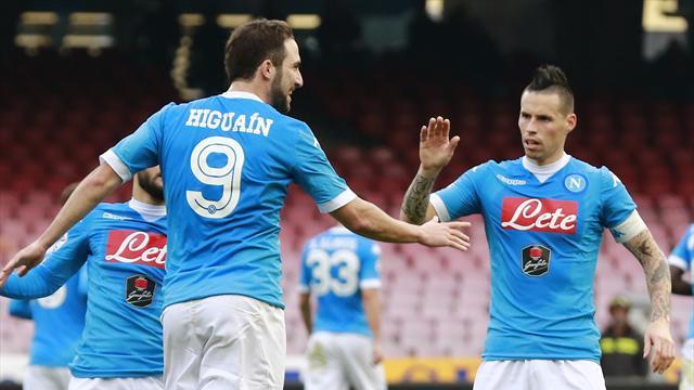 Le Napoli et la Juve se rendent coup pour coup