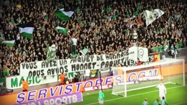 Les supporters stéphanois ont de l'humour et ils l'ont montré avec une de leurs banderoles