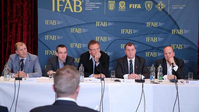 Члены ФИФА рассмотрят вопрос введения видеоповторов и временных удалений 5 марта
