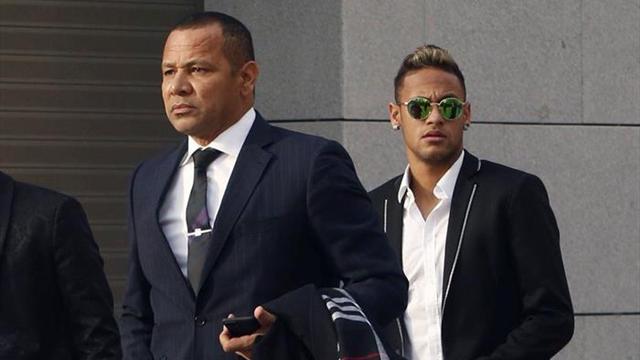 Les Neymar ne sont plus socios de Barcelone