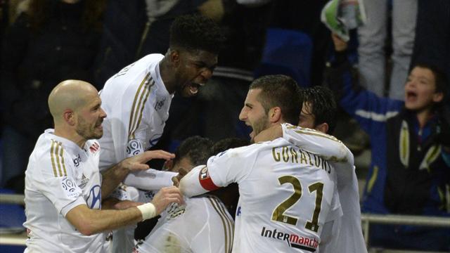 L'OL relève la tête devant son public, Ben Arfa remet Nice devant Angers