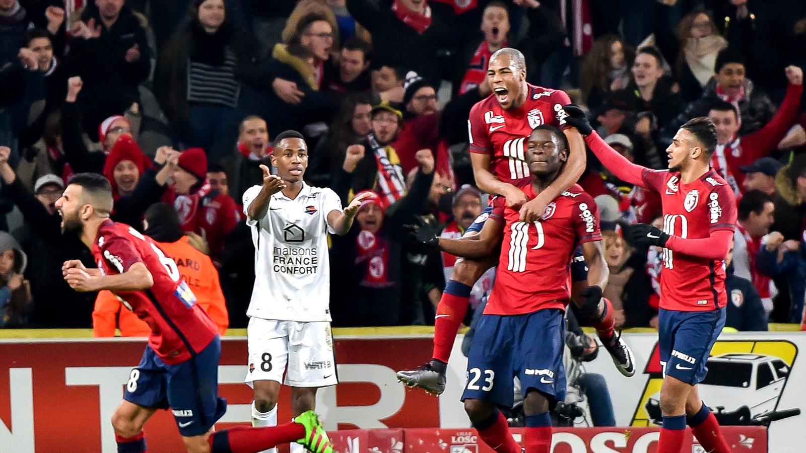 Les Lillois célèbrent le but d'Adama Soumaoro contre Caen