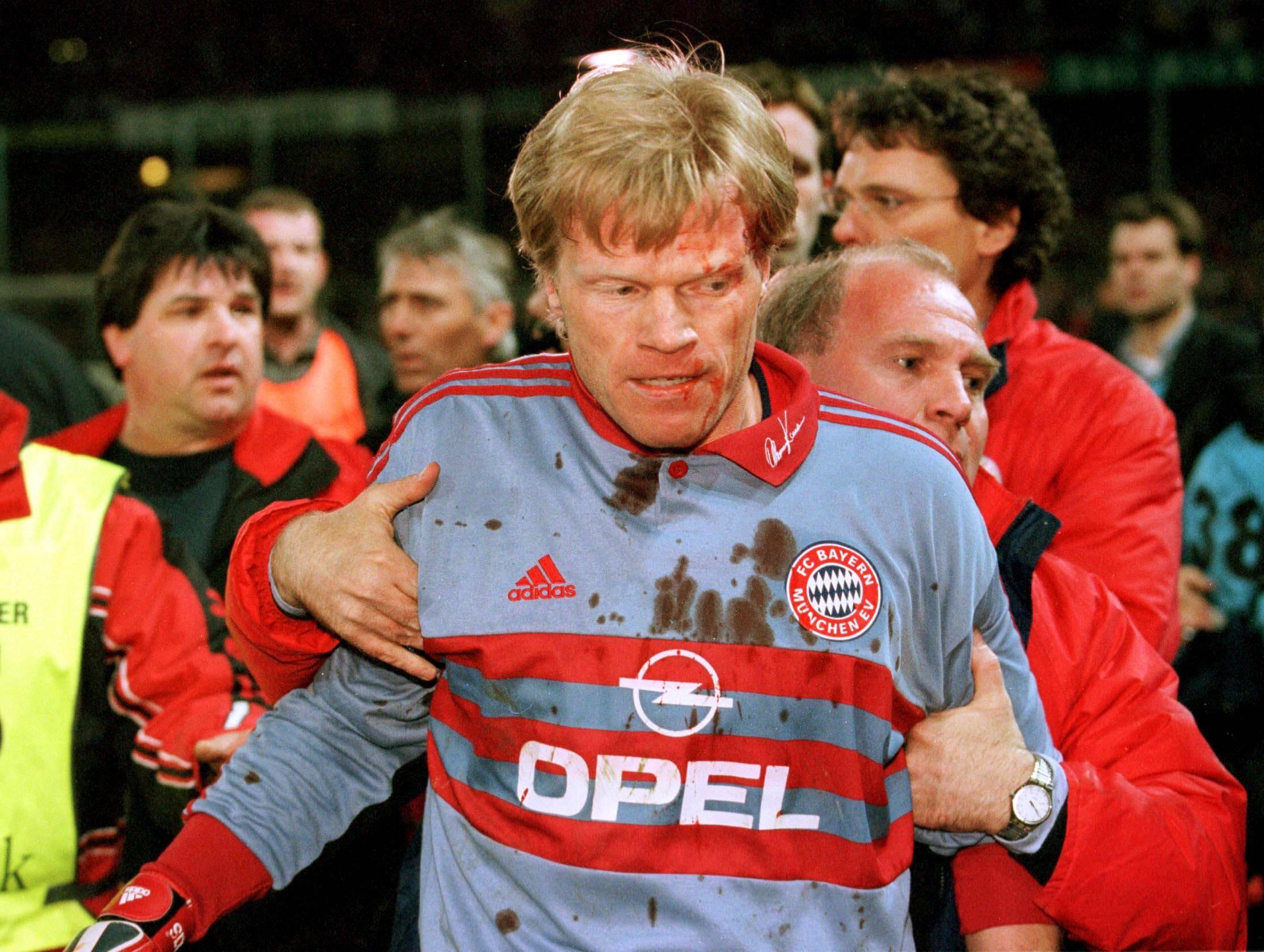 Оливер Кан в матче «Бавария» – «Фрайбург»