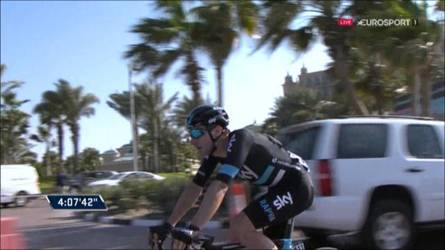 Cavendish et Kittel gênés par une chute, Viviani en profite pour s'imposer au sprint