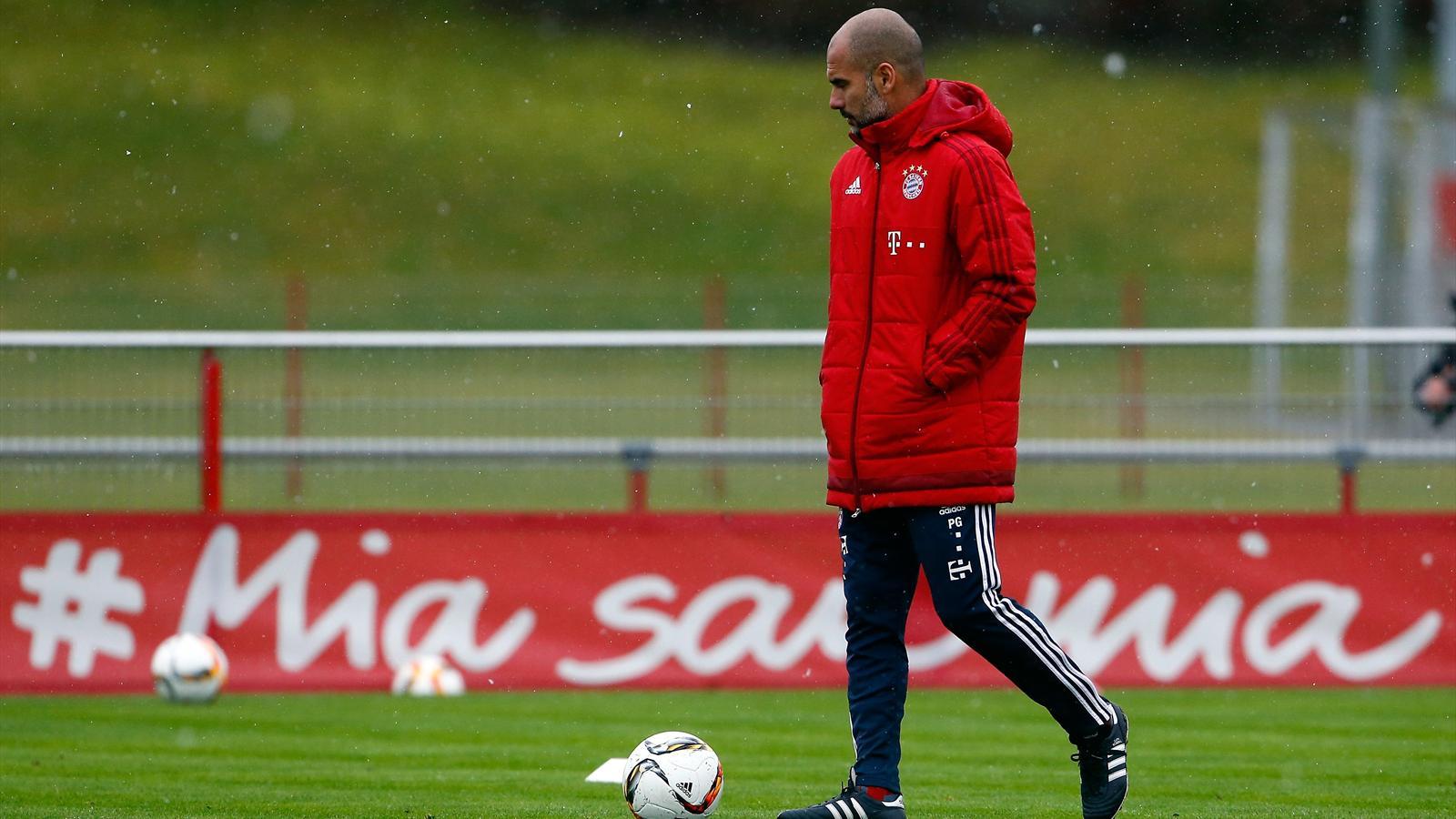 Pep Guardiola at Bayern Munich training