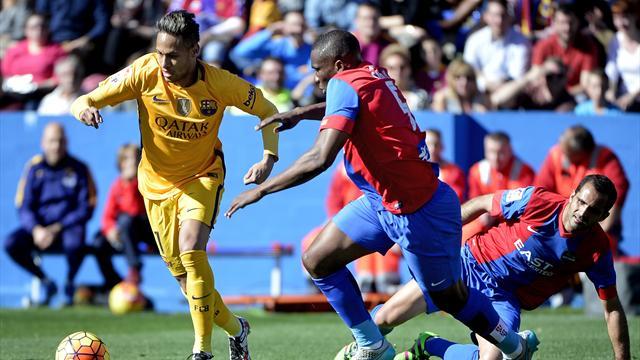 «Барселона» повторила клубный рекорд из 28 матчей подряд без поражений