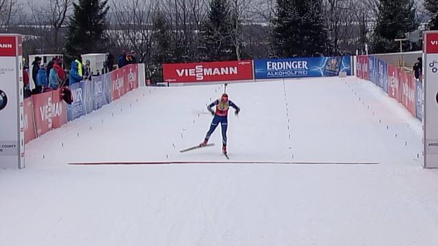 Soukalova s'offre le sprint et reprend (un peu) ses distances sur Wierer et Dorin