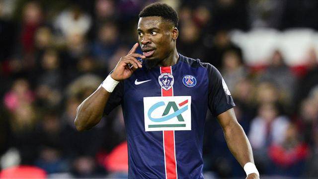 """Aurier mis à pied par le PSG pour ses propos """"inadmissibles"""""""