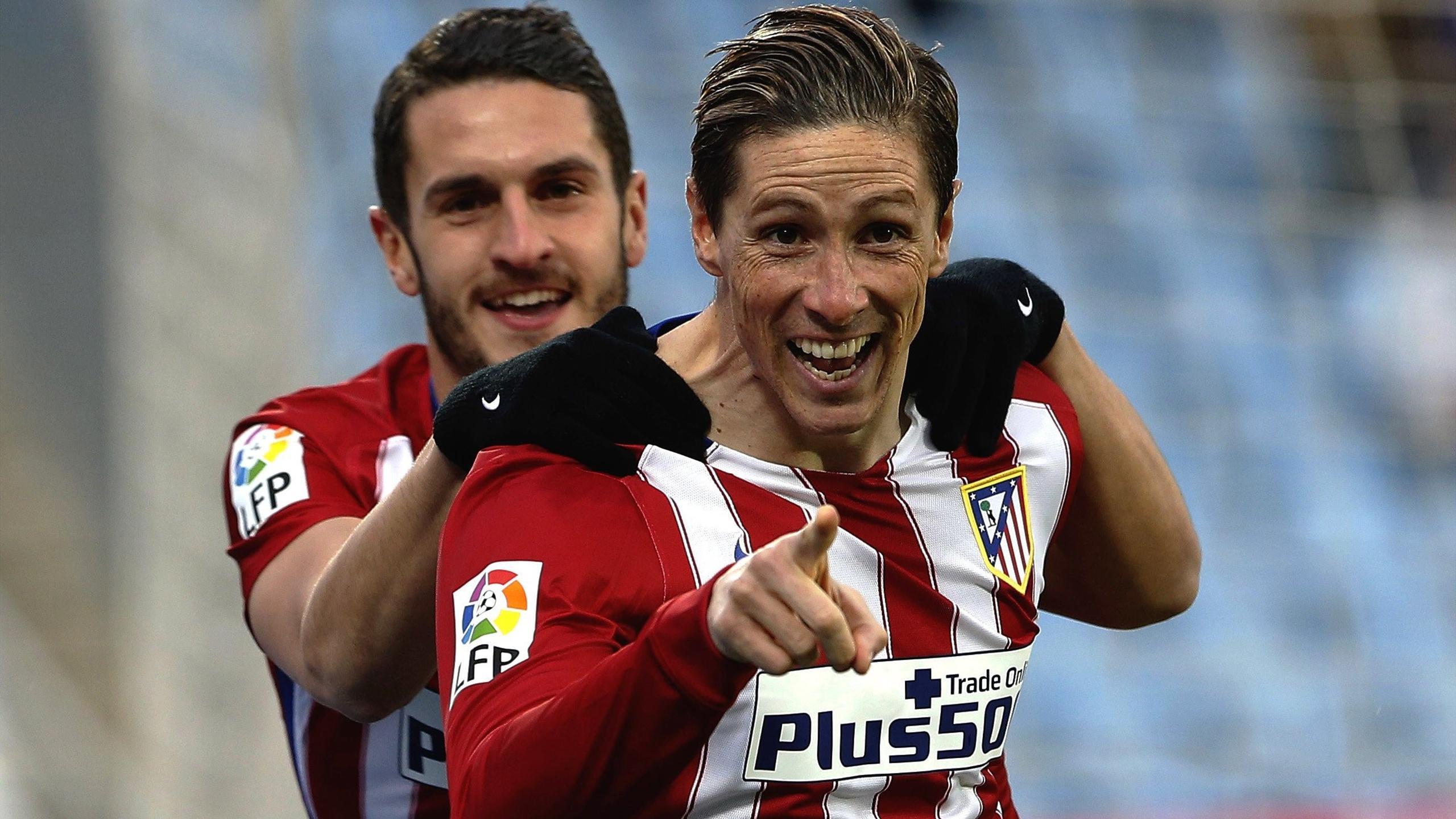 Fernando Torres celebrando un gol con Koke, Atlético vs Getafe