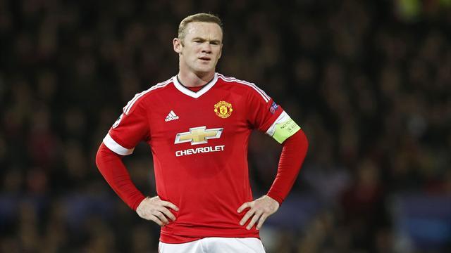 La tuile pour Manchester United : Rooney pourrait manquer deux mois