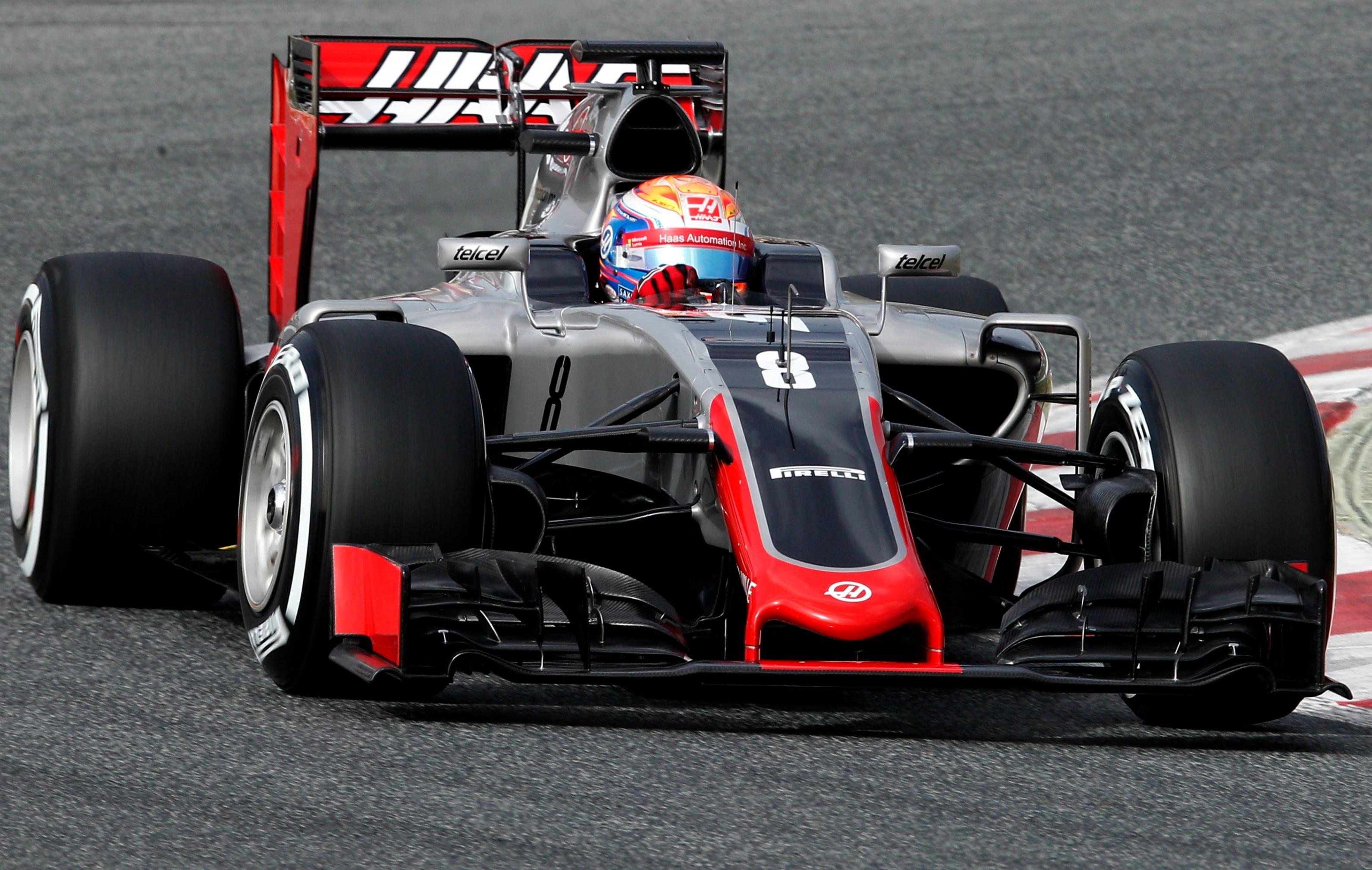 Роман Грожан за рулем Haas F1