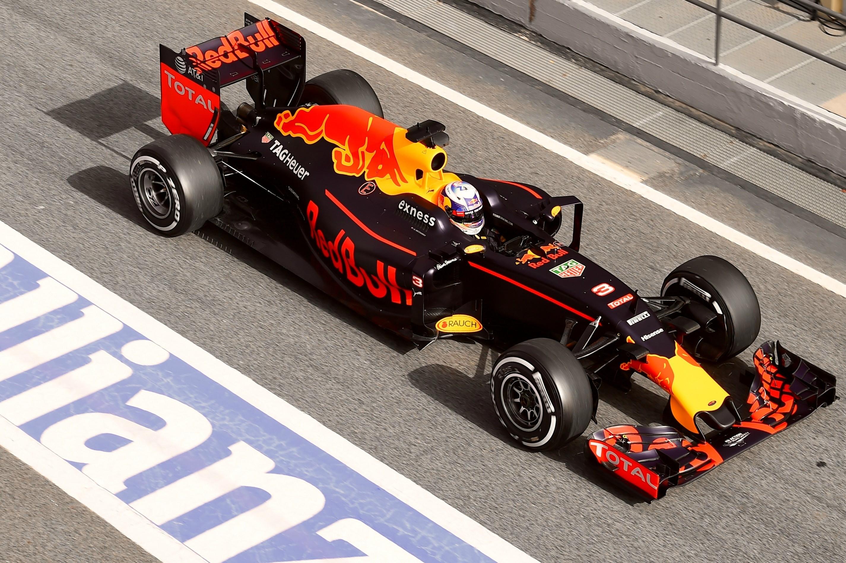 Daniel Ricciardo (Red Bull) - Tests Montmelo 2016