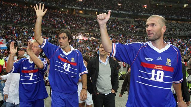 Pires, dernier champion du monde 1998 en activité, prend sa retraite