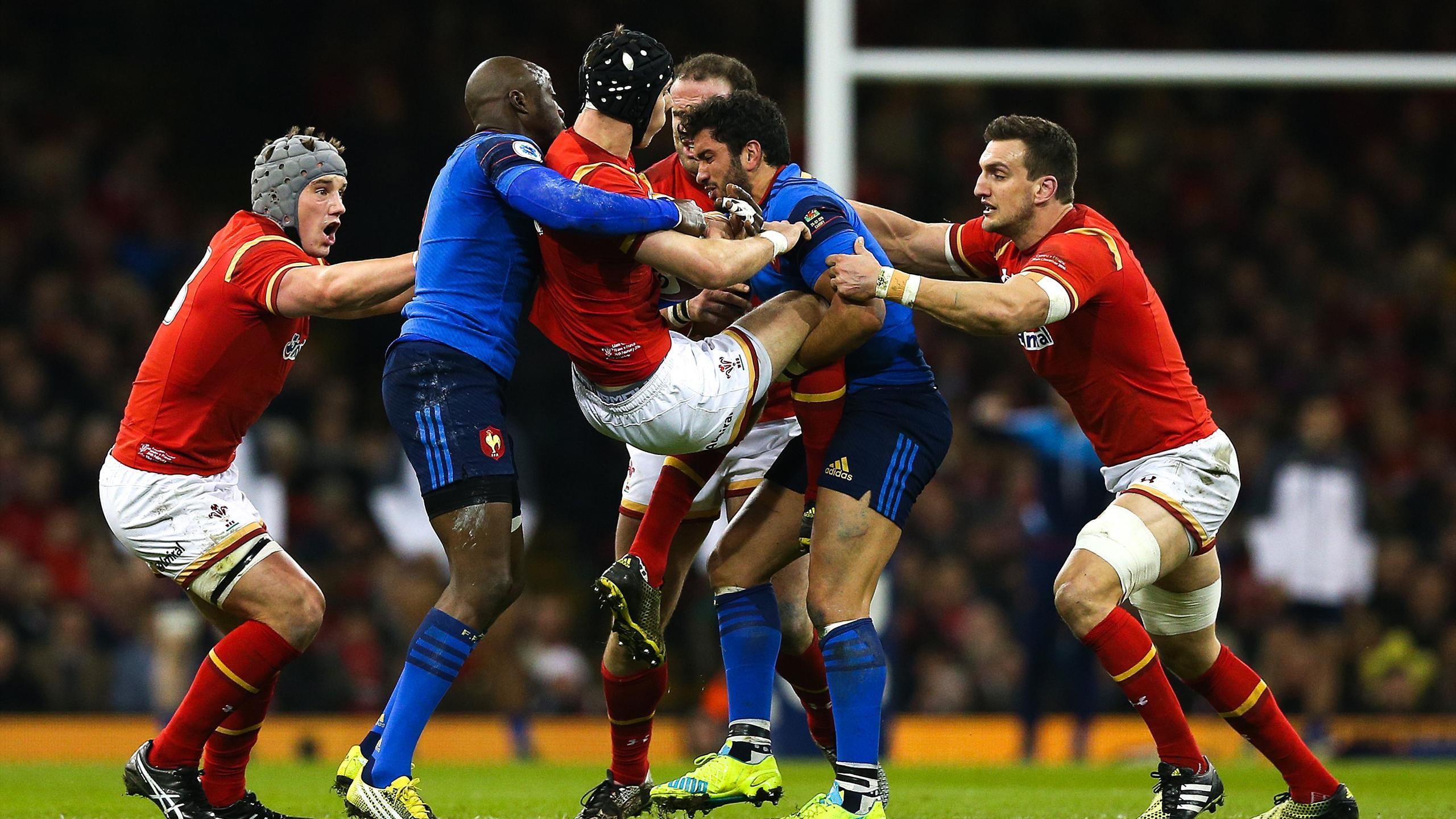 Djibril Camara et Maxime Mermoz (XV de France) face au pays de Galles - 26 février 2016
