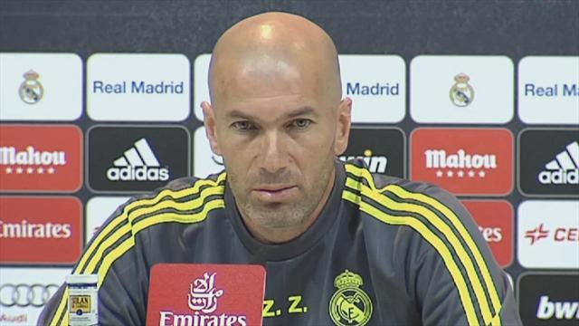 """Zidane : """"J'ai demandé à Karim d'être dans le coeur du jeu"""""""