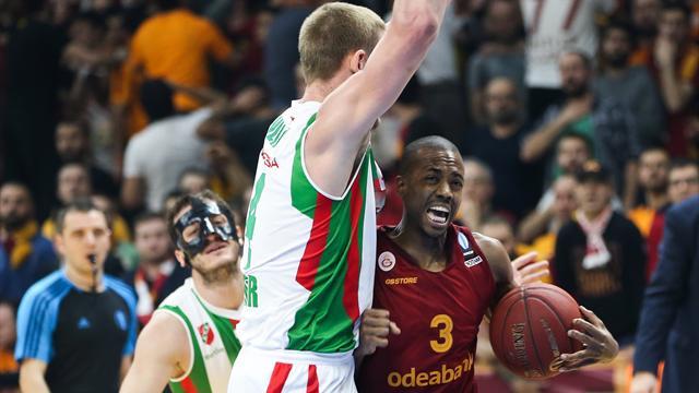 Errick McCollum resmen yeniden Galatasaray Odeabank'ta