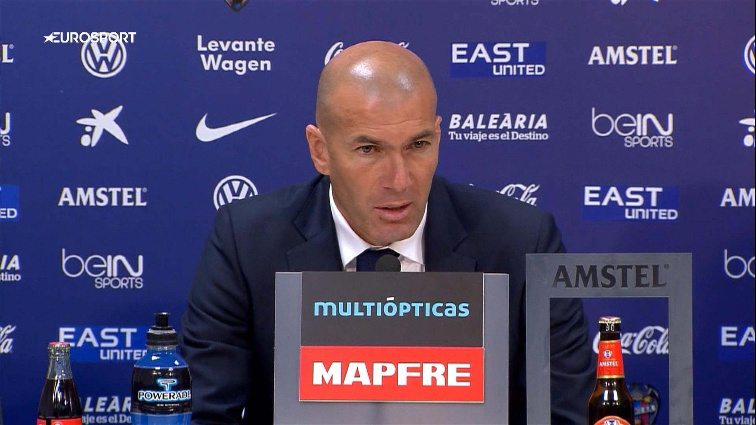 Zinédine Zidane, l'entraîneur du Real Madrid, après la victoire à Levante (1-3).