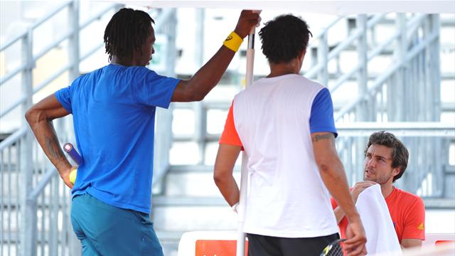 Noah lance Monfils et Simon en simple
