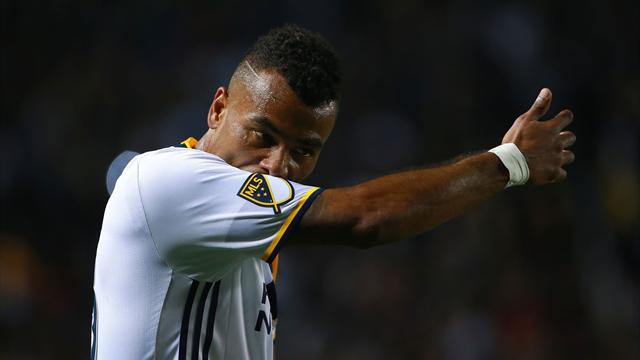 Late Cole goal saves Galaxy from defeat