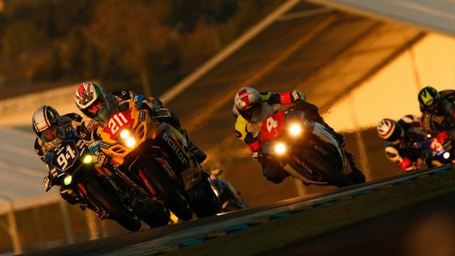 Testar os limites da resistência em motos ou bicicletas