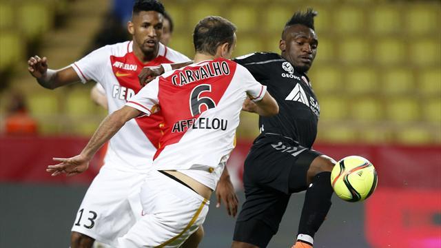 Monaco ouvre la voie au PSG... et s'expose à un retour de Lyon