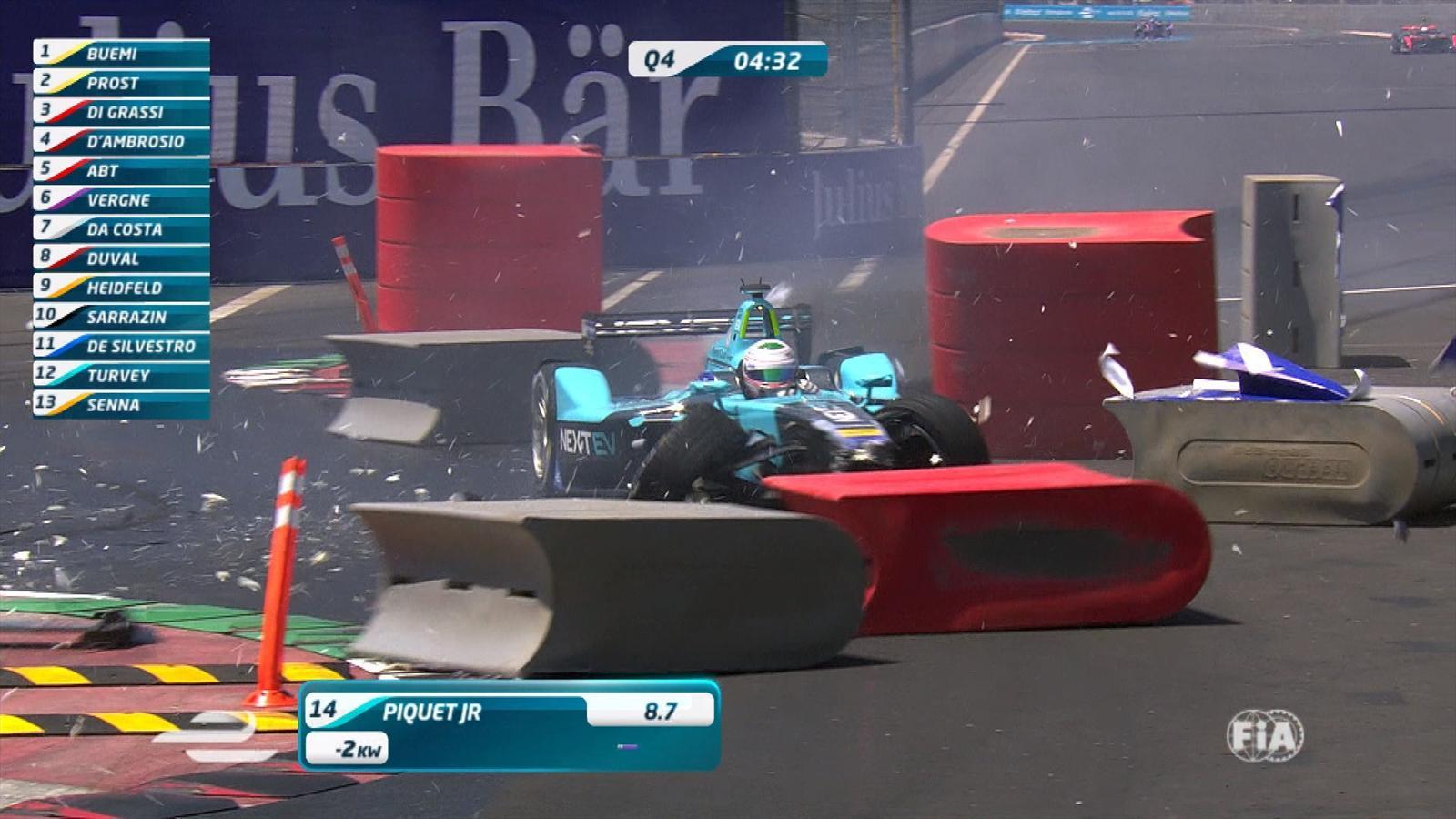 Nelson Piquet Jr suffers heavy crash in Formula E qualifying