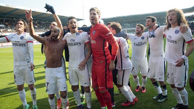 Un nouveau titre de champion après un récital : la joie des joueurs du PSG en vidéos