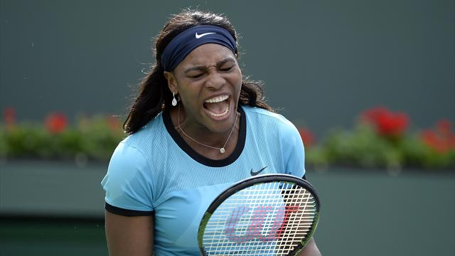 Serena calme ses nerfs sur sa raquette