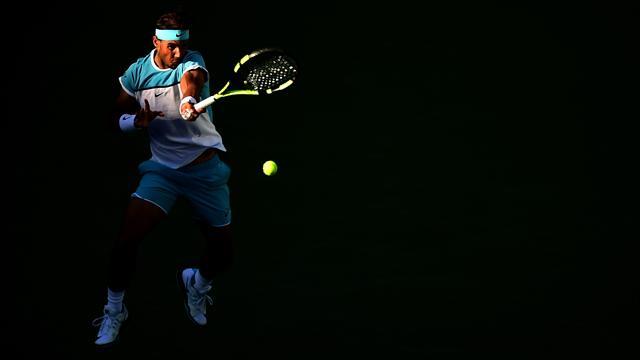 Nadal salva una bola de partido, remonta y derrota a Zverev para pasar a cuartos