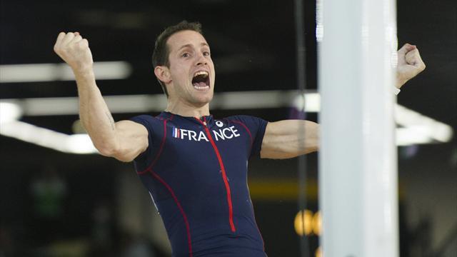 Лавиллени прыгнул на 6,02 метра, выиграв золотую медаль в прыжках с шестом
