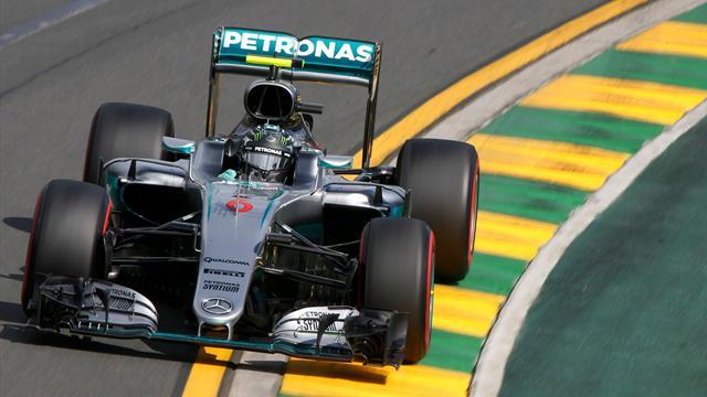 Hamilton s'est loupé, Rosberg en a profité