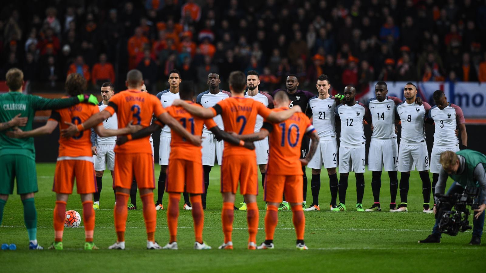 ... LIVE. Pays-Bas - France - Matches amicaux - 25 mars 2016 - Eurosport