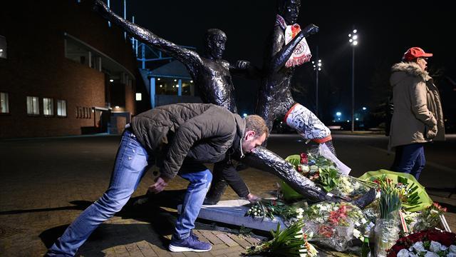 """""""Cruyff n'est pas de ma génération mais il a fait plus que n'importe qui pour les Pays-Bas"""""""
