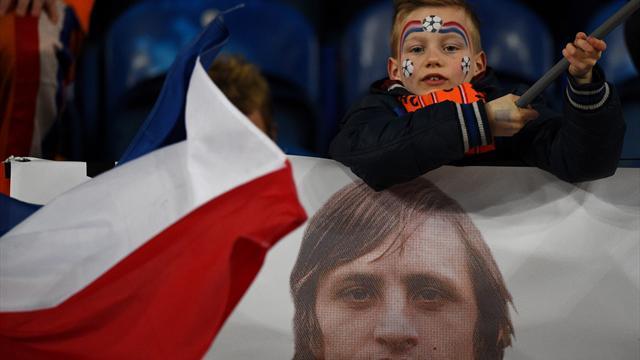 «Cruyff n'est pas de ma génération mais il a fait plus que n'importe qui pour les Pays-Bas»