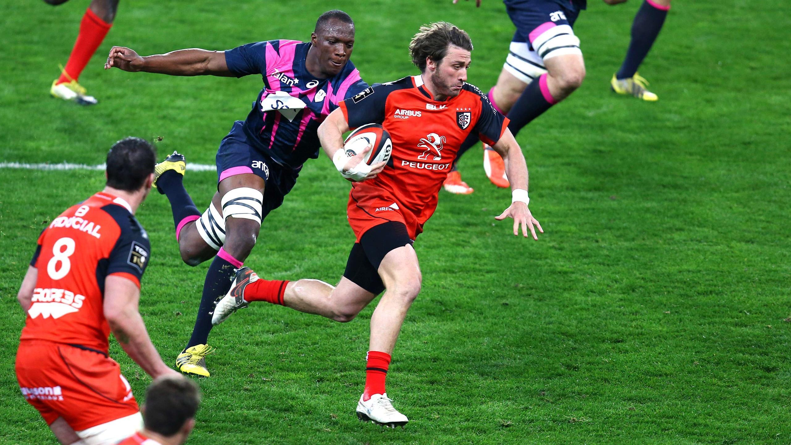 Maxime Médard échappe à Sekou Macalou lors de Toulouse - Stade français - 28 mars 2016