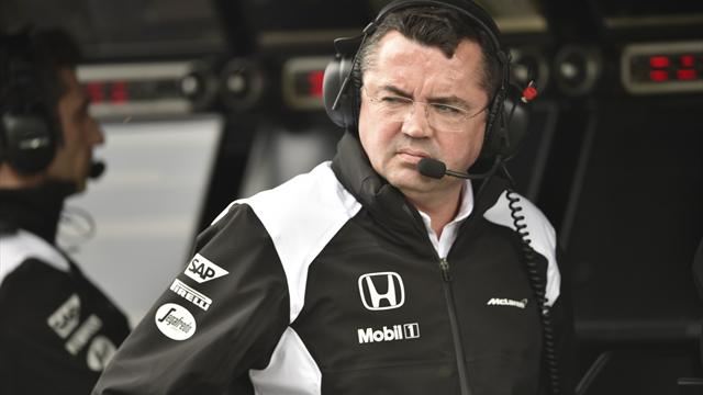 """Boullier : """"McLaren gagnerait avec un moteur Mercedes"""""""